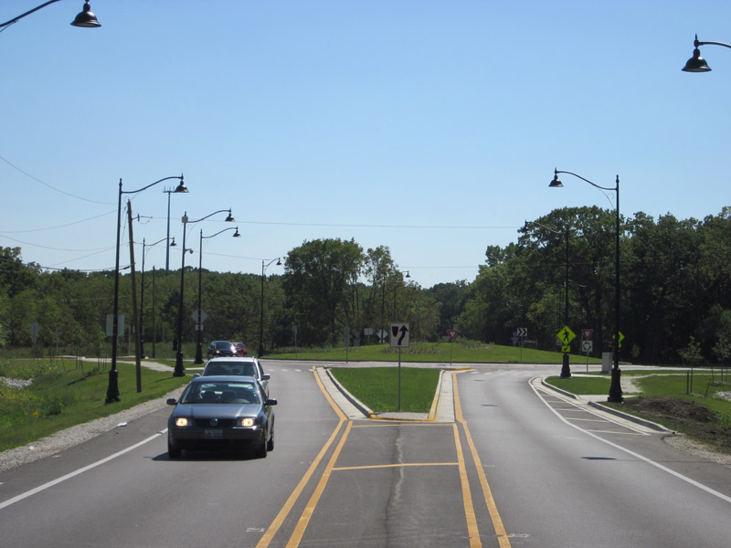 Illinois-First-Federally-Funded-Roundabout-Corridor