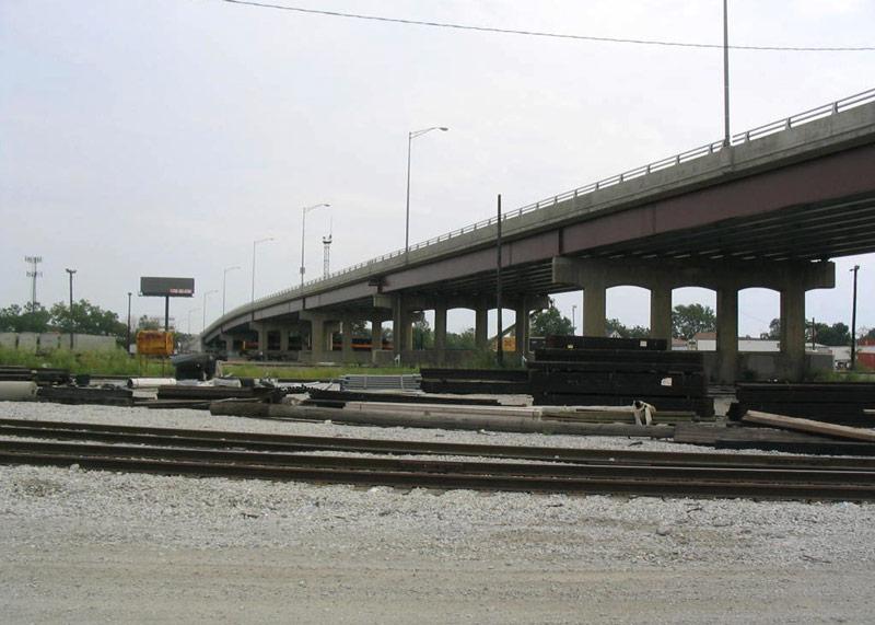 Multi-span,-127th-Street-Bridge-Over-IAISMetra-Railroad
