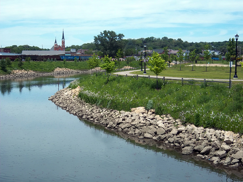 Urban-Drainage-Channel-Restoration-–-Daylighting-the-Bee-Branch-Creek-—-Dubuque-IA